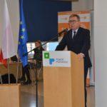 starosta poznański Jan Grabkowski przy mównicy