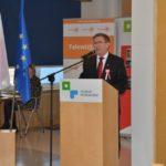 Przewodniczący Komitetu Organizacyjnego obchody 100. rocznicy Powstania Wielkopolskiego przy mównicy