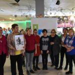uczestnicy zawodów z okazji Międzynarodowego Dnia OSób Niepełnosprawnych