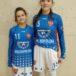 dwie dziewczyny pozująće do zdjęcia w strojach kadry wielkopolski