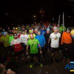 Biegacze podczas zawodów nocnych w Czerwonaku