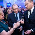 Uczestnicy spotkania noworocznego starosty poznańskiego