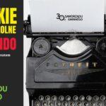 Plakat Wielkie Międzyszkolne Dyktando z okazji 30-lecia samorządu gminnego w Tarnowie Podgórnym, na zdjęciu maszyna do pisania
