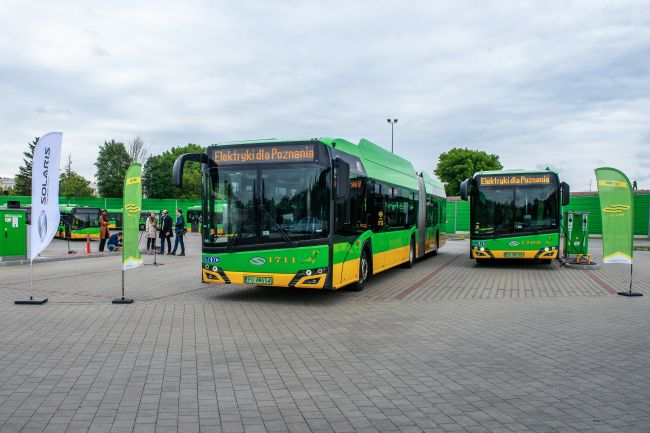 autobusy solaris