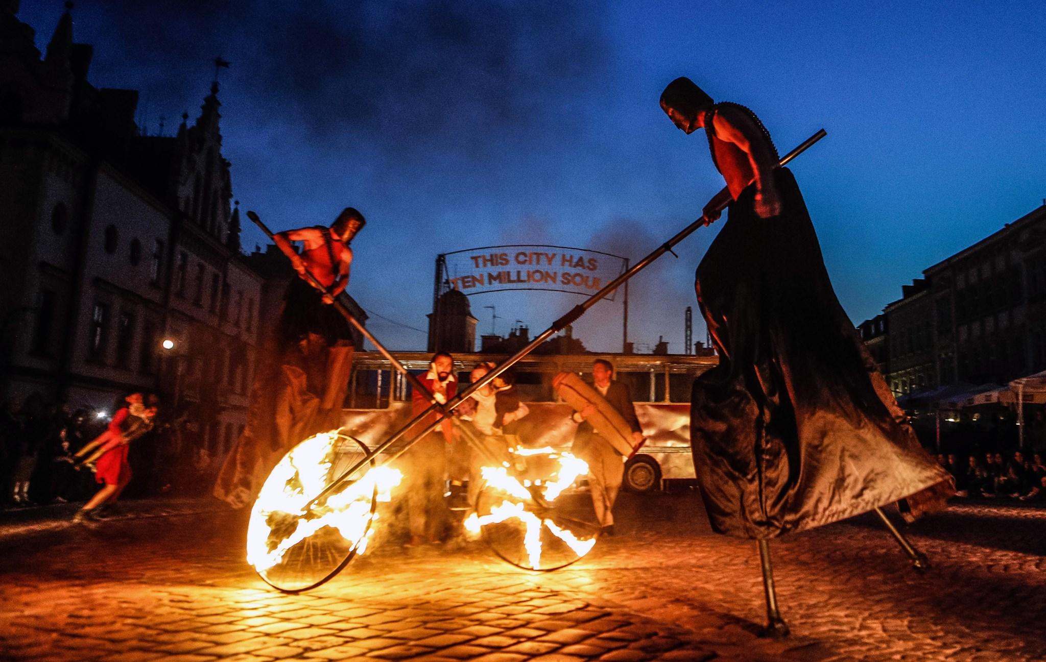 Festiwal na Wolnym Powietrzu-święto teatru plenerowego 2020