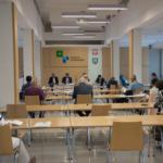 zdjęcie z posiedzenia powiatowej rady działalności pożytku publicznego na sali sesyjnej
