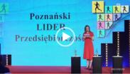 kadr z Powiatowej17. - ujęcie sceny Poznańskiego Lidera Przedsiębiorczości z 2020 roku