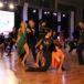zdjęcie tancerzy tańca towarzyskiego na sali