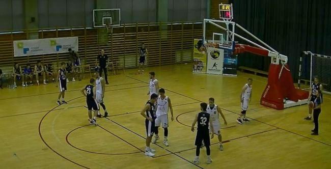mecz koszykarzy